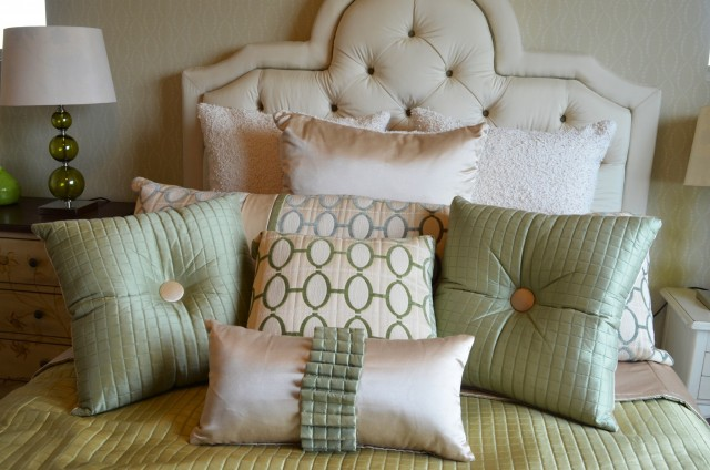 Pillows. Pillows. Pillows. Love. Love. Love.
